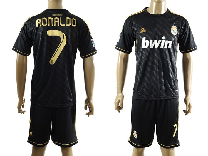 maillots de foot du real madrid 2011 2012