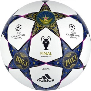adidas Finale Wembley 2013 Champions League ballon match football