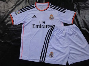real madrid maillot short domicile 2013 2014