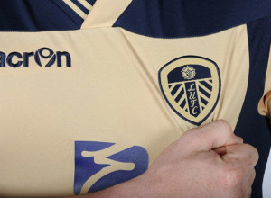 maillot away leeds