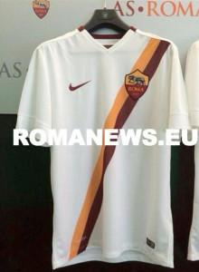 AS Roma 2015 maillot exterieur