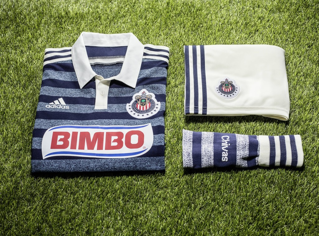 Chivas 2014 Away