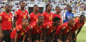 Maillot foot Mozambique 2014