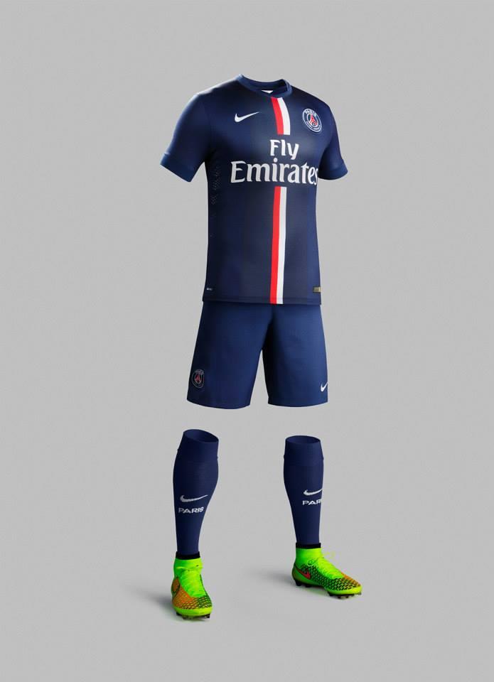 PSG 2015 maillot domicile tenue officielle short chaussettes