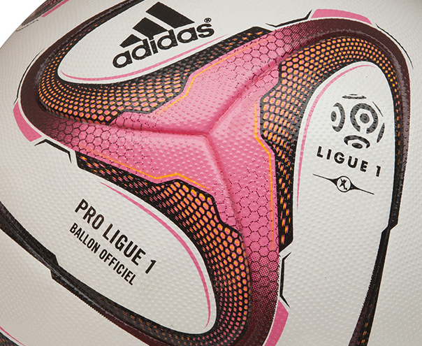 Ballon football Ligue 1 2014/2015 zoom