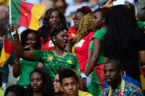 Camerounaise supportrices maillot domicile cameroun 2014