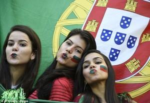 portugaise filles sexy fan maillot portugal domicile 2014 coupe du monde