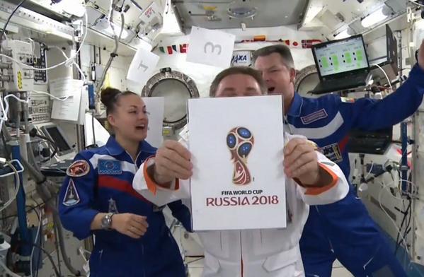 astonautes russes logo coupe du monde 2018