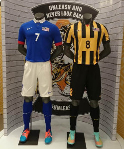 Malaisie 2014 2015 maillots de football shorts chaussettes