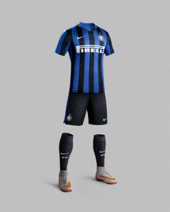 Inter Milan 2016 maillot short chaussettes domicile