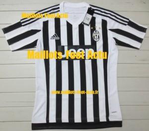 Juventus 2016 maillot domicile 15-16