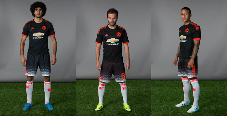 Les maillots de football Manchester United 2016