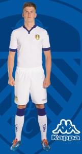 Leeds United 2016 maillot de foot domicile 15-16