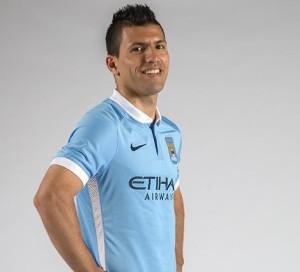 Manchester City 2016 maillot domicile Aguero 15-16