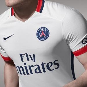 PSG 2016 maillot exterieur details torse 15-16