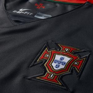 Portugal 2015 blason maillot exterieur foot noir