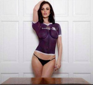 Ayr United 2016 maillot foot peinture exterieur Emma Glover