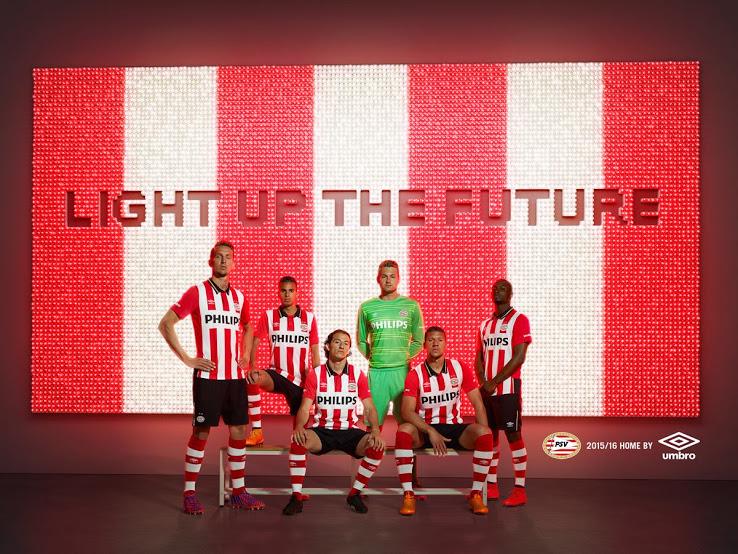PSV Eindhoven 2016 les nouveaux maillots de foot