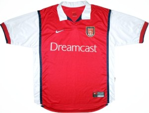 Arsenal 1999 Dreamcast maillot foot