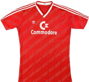 Commodore maillot foot Bayern Munich 1984