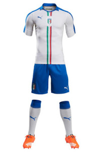 Italie 2016 tenue football exterieur EURO 2016