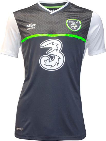 Les maillots de football de l'Irlande 2015 2015