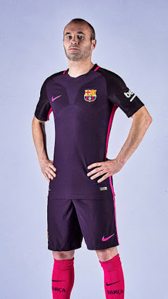 fc barcelone 2016 2017 maillot exterieur foot iniesta maillots