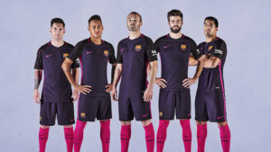FC Barcelone 2017 maillot exterieur 2016 2017