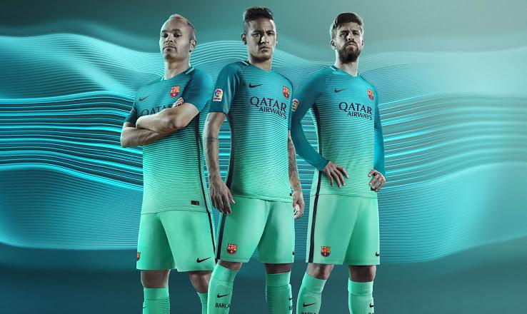 FC Barcelone 2017 les maillots de foot 2016 2017