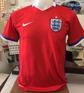Angleterre Euro 2016 maillot exterieur fake