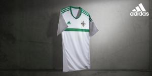 Irlande du Nord Euro 2016 maillot exterieur officiel