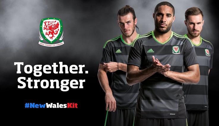 Le Pays De Galles Euro 2016 dévoile ses maillots de foot