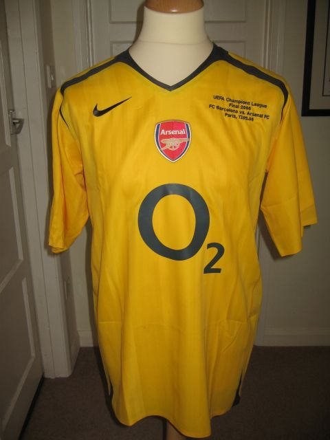 Arsenal 2005 2006 maillot exterieur maillots foot actu for Maillot arsenal exterieur