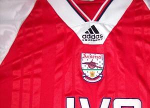 Arsenal col du maillot 1994