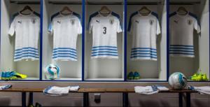 Uruguay Copa America 2016 maillot foot exterieur officiel Puma