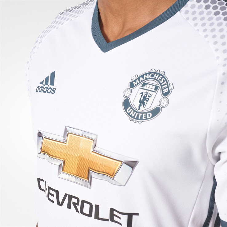 Manchester United 2017 3eme maillot third foot