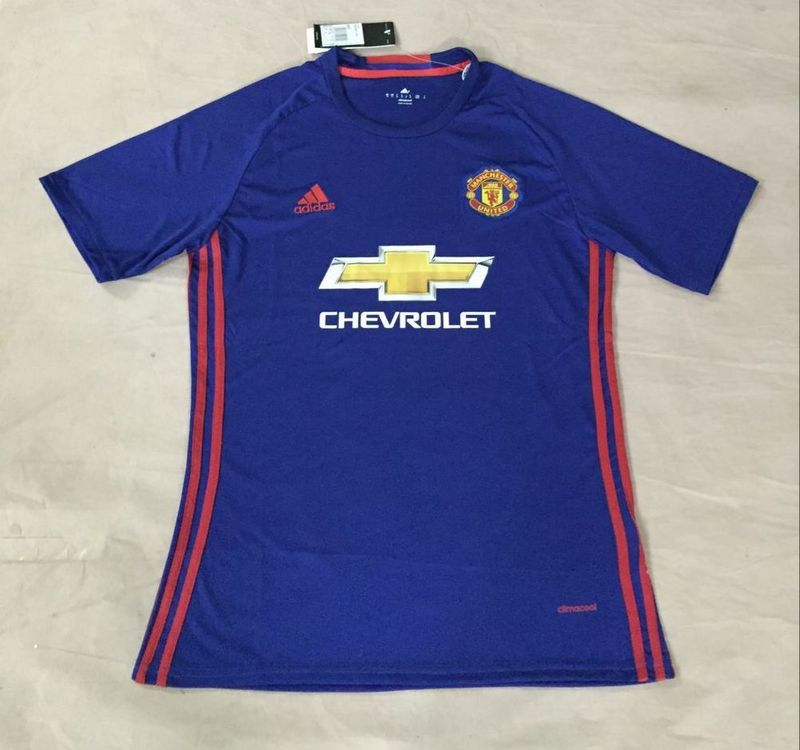 Manchester united 2017 possible maillot exterieur 16 17 for Maillot exterieur manchester united