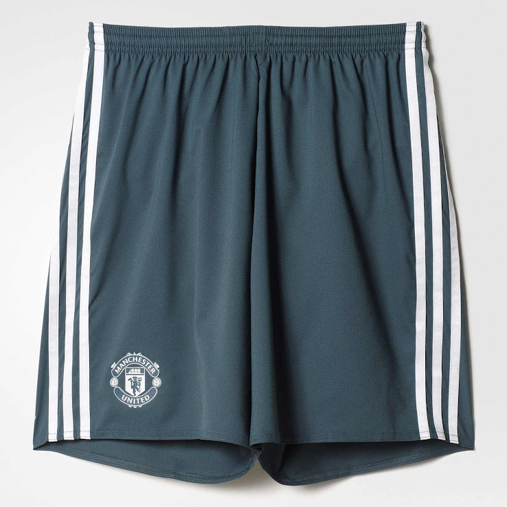 Manchester United 2017 short third