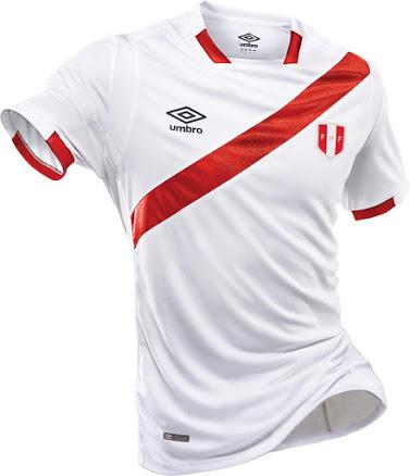 Les maillots du Pérou 2016 pour la Copa America Centenario