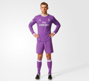 Real Madrid 2017 tenue de football extérieur 2016 2017