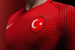 Turquie Euro 2016 maillot domicile