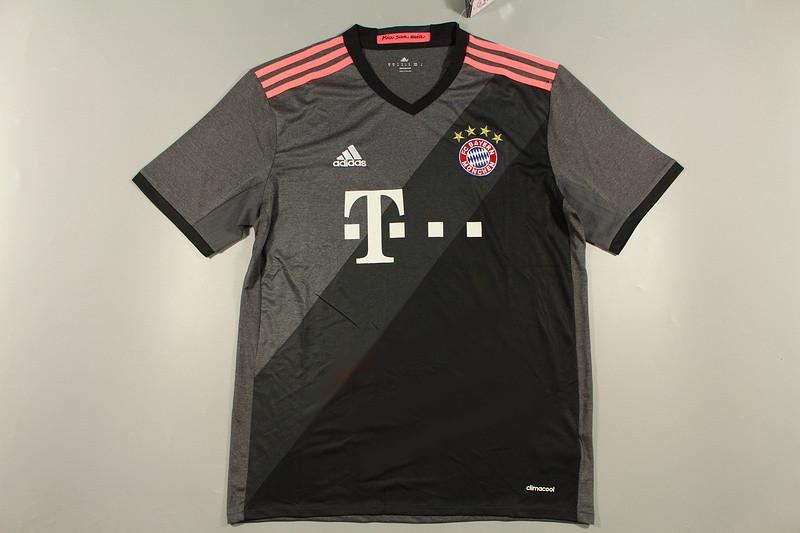 bayern munich 2017 les nouveaux maillots foot adidas