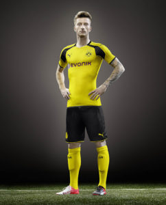 Borussia Dortmund 2017 maillot LDC officiel