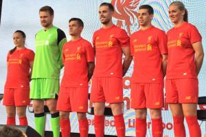 Liverpool 2017 présentation du maillot domicile rouge 16-17