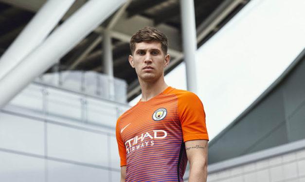 Les maillots de football Nike de Manchester City 2017