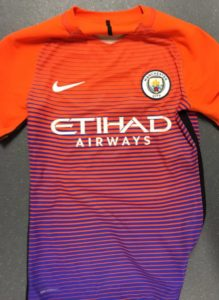 Manchester City 2017 troisieme maillot third foot 2016 2017