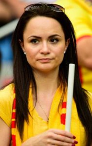 une jolie supportrice espagnole Euro 2016