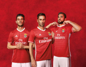 Benfica 2017 maillot domicile foot Adidas