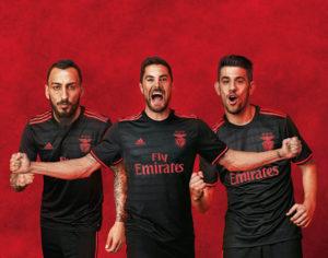 Benfica 2017 maillot exterieur noir officiel