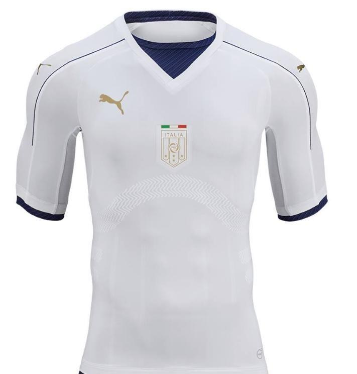 Italie 2017 maillot Puma exterieur hommage 2006